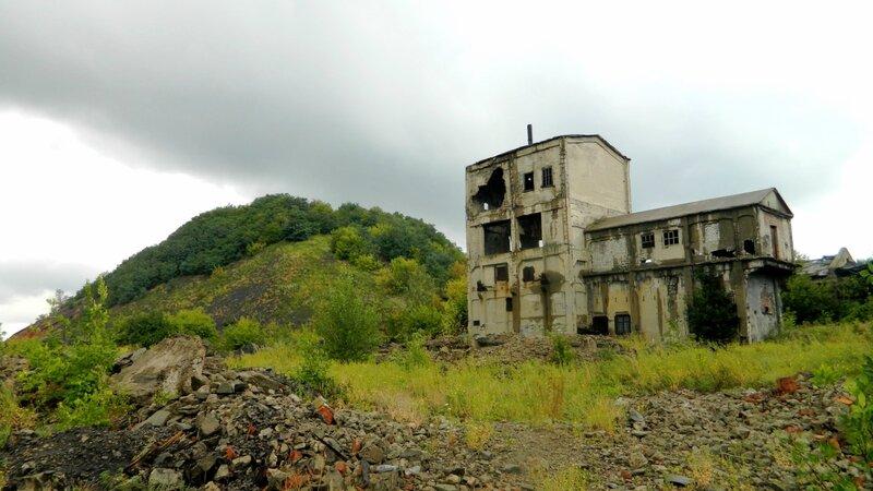 Будущее Украины создается в Донбассе: стаи воров, разруха, инфраструктурный коллапс