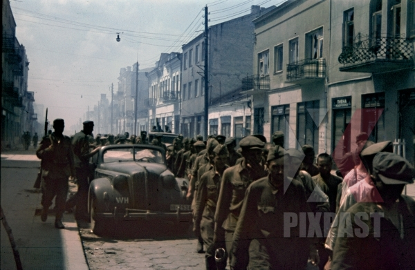stock-photo-german-94-infantry-division-soldiers-take-russian-military-prisoners-lutsk-ukraine-1941-street-lesjaukrajinka---12130.jpg