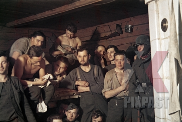 stock-photo-kursk-1943-bunker-winter-helmet-kar98-german-soldiers-naked-beard-canteen-cold-9954.jpg