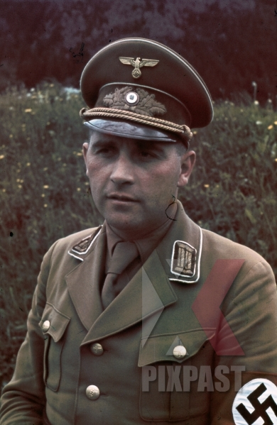 stock-photo-leoben-austria-1938-hitler-himmler-train-visit-industry-and-mines-kreisleiter-an-nsdap-political-leader-mix-uniform-1936-1939-9738.jpg
