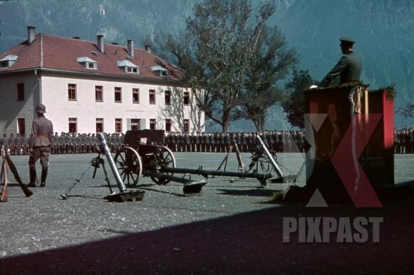 stock-photo-swearingin-ceremony-in-landeck-austria-1941-pontlatz-kaserne-11318.jpg