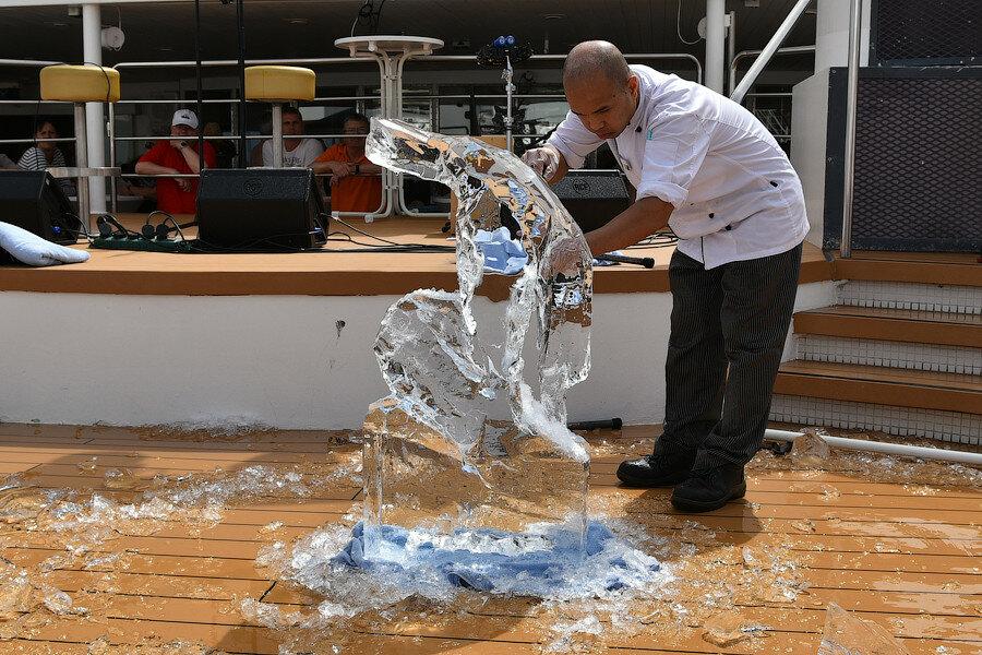 На Канарских островах утопает всё в цветах; плюс Кабо-Верде и Сенегал в круизе на TUI Mein Schiff 2