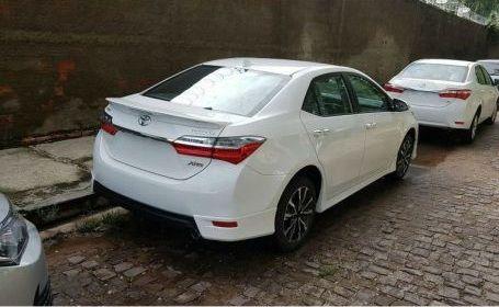 Новый седан Тоёта Corolla получил спортивную версию XRS