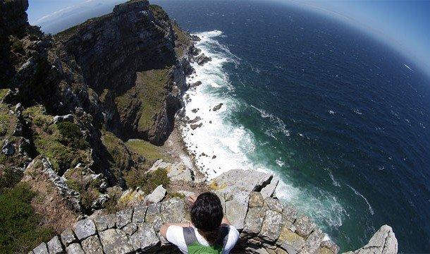 1. Two Oceans (Кейп-Поинт, Южная Африка) Посетить этот необычный ресторан могут те, кто решит отправ