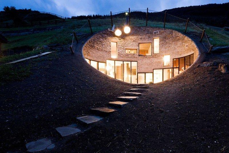В пещере горного короля: невероятные сооружения, построенные под землей