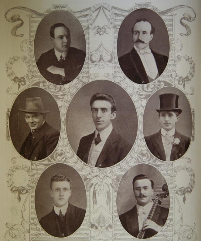 Портреты музыкантов печально известного корабля « Титаник ». Именно они до последней минуты играли о