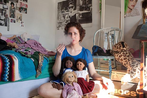 Один день из жизни 21-летней работницы сексуального фронта (13 фото) 18+