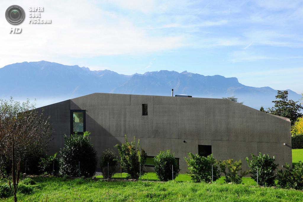 Бетонная вилла в Швейцарской ривьере