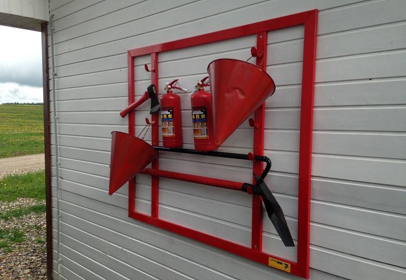 Вот так объясняется происхождение конических ведер для пожарных щитов. Если этот материал был для те