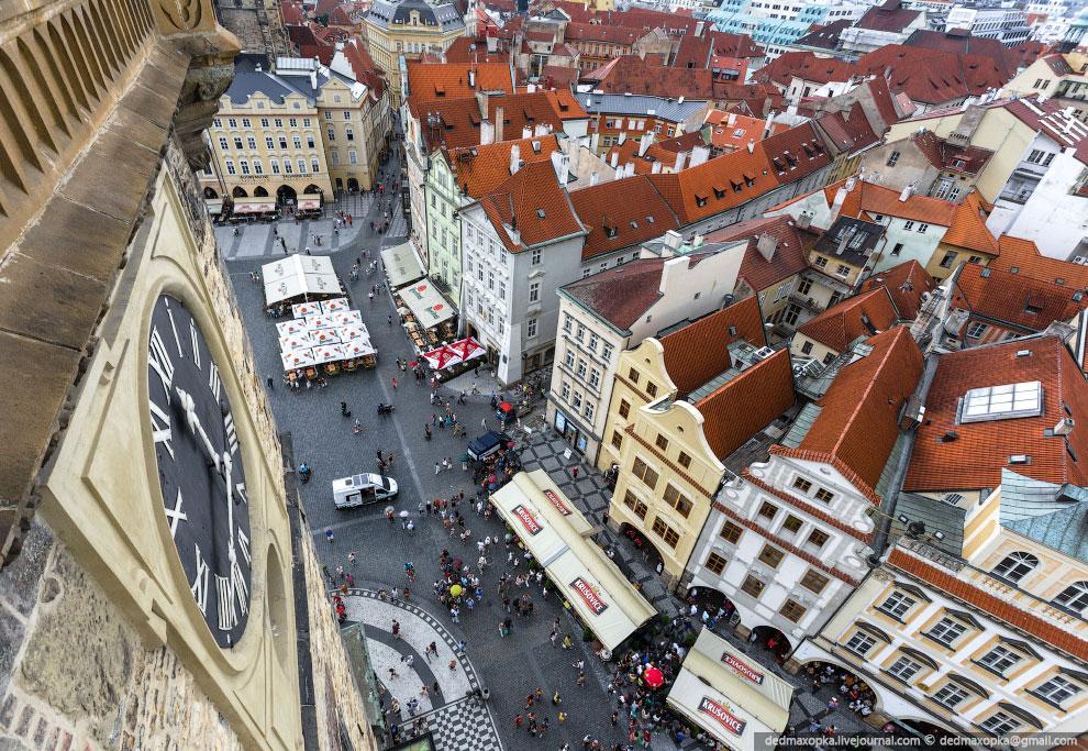 А на второй день увидели вот этот собор и поняли, чего мы хотим в Праге: