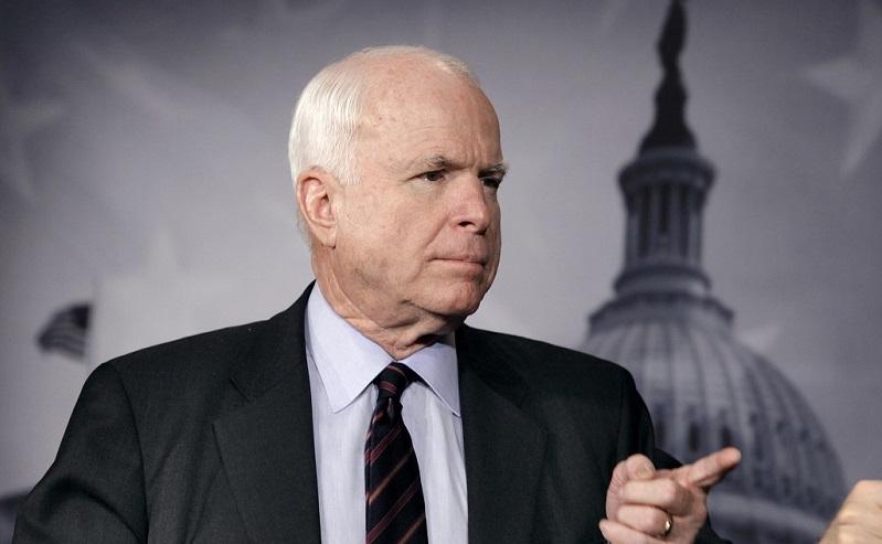 Маккейн будет уговаривать госсекретаря США дать Украине смертельное оружие