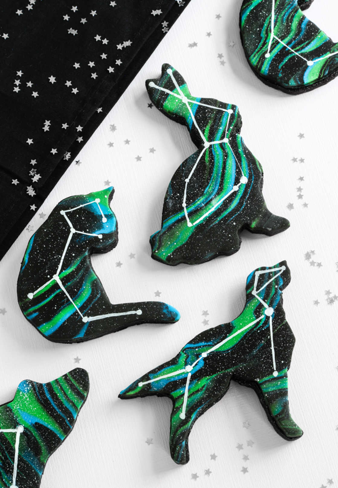 Animal Constellation Cookies - The beautiful starry cookies of Sprinklebakes