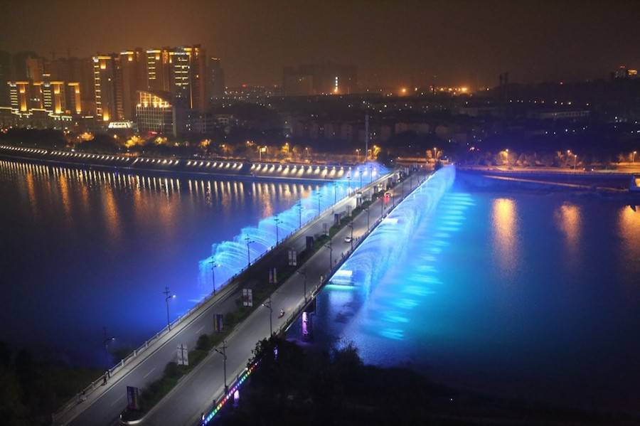 Illuminated Musical Fountains in China