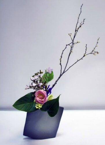 Икебана Masafumi Ishiwata