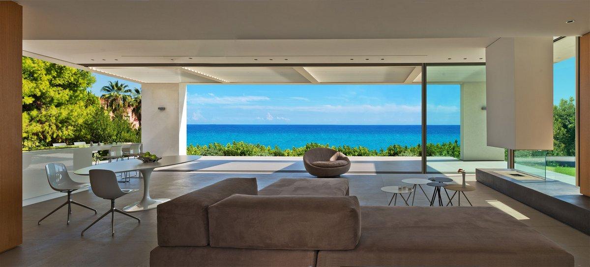 Дома в остров Спеце с видом на море