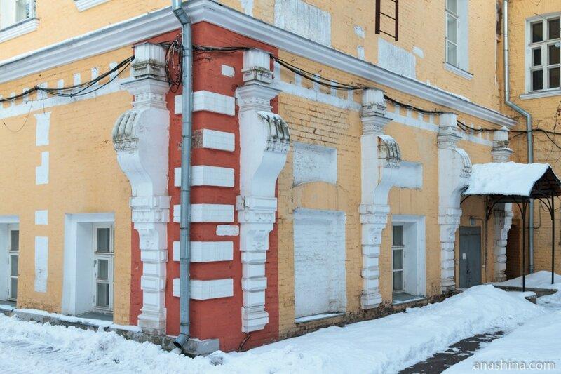 Архитектурные детали, Лефортовский дворец