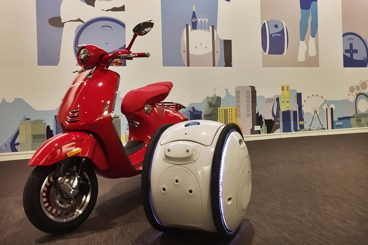 Piaggio Gita и Kilo - автономные транспортные средства для перевозки грузов