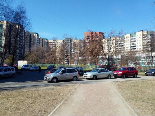 ул. Маршала Захарова 22к1
