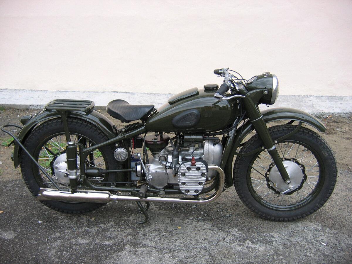 машин и мотоциклов