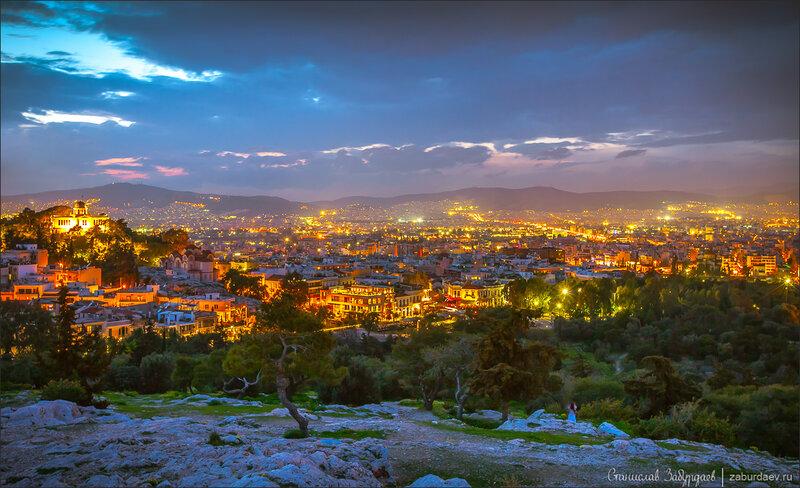 Вид с горы Ареопаг в Афинах