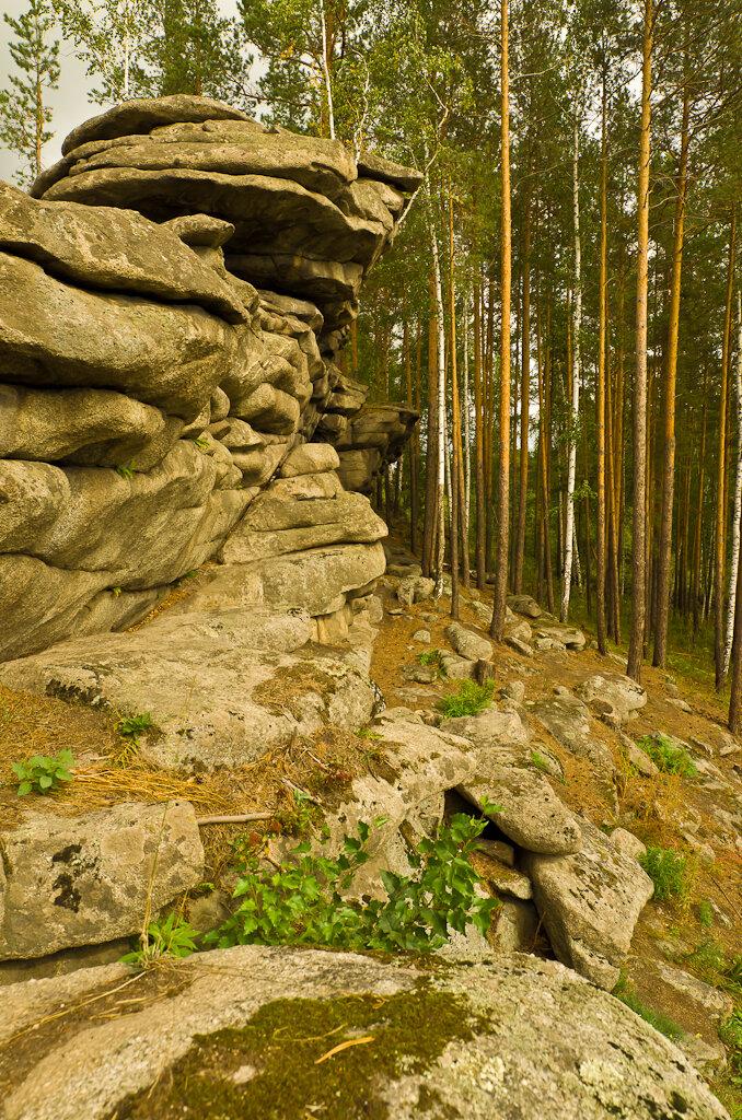 Фотография 8. Широкоугольным объективом трудно передать масштаб огромной скалы