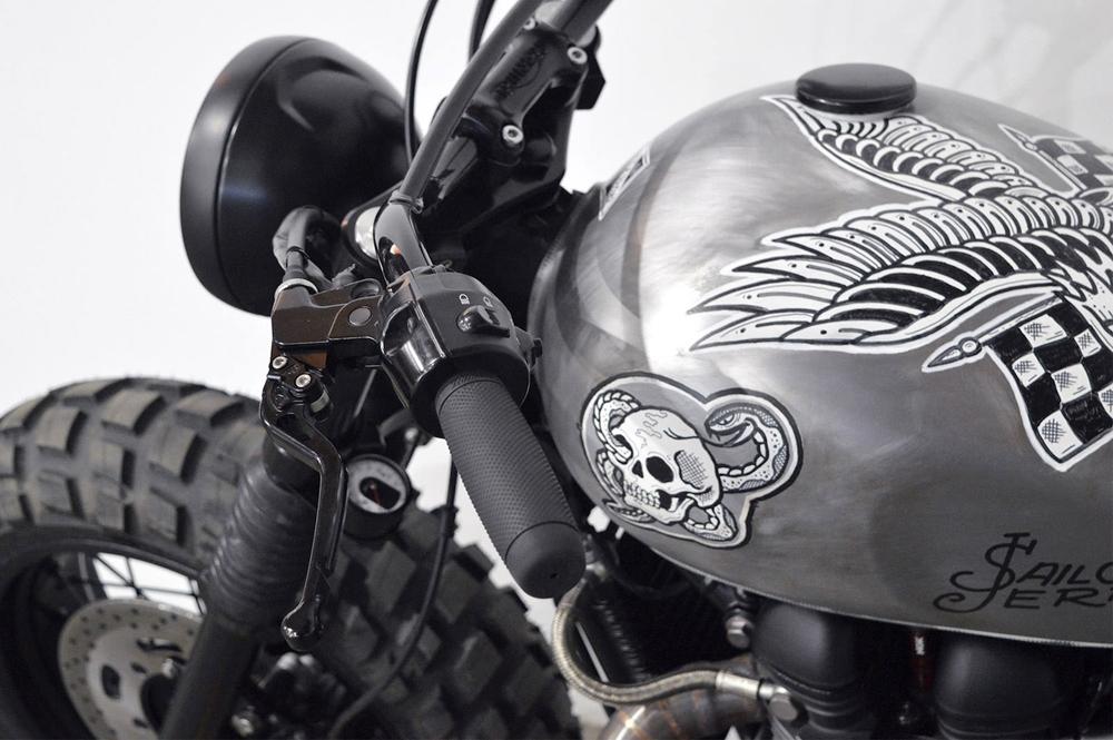 Gasoline Motor Co: кастом Triumph Scrambler