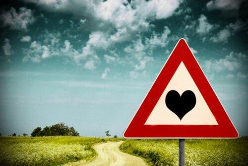 Самая крепкая любовь - это любовь на расстоянии!