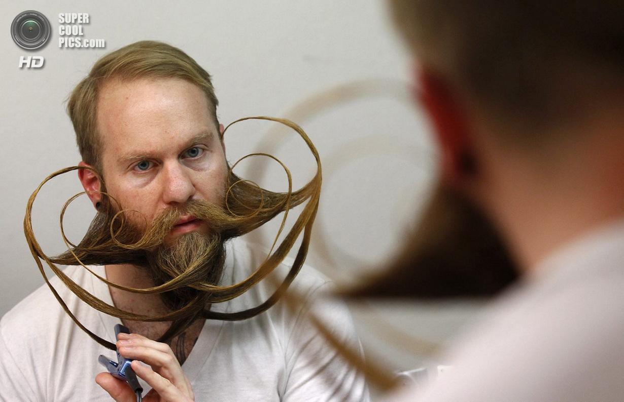 Усато-бородатое соревнование