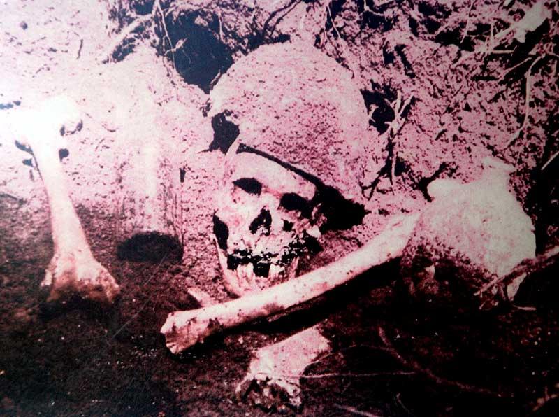 В музее у пещеры Бинсари