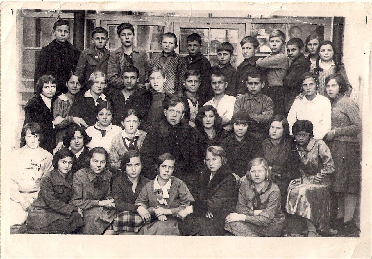 1932. Ташкент,школа им. Коминтерна