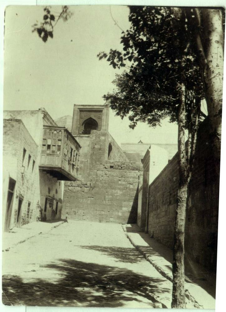 1931. Крепость