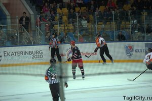 спорт,хоккей,Нижний Тагил,Спутник