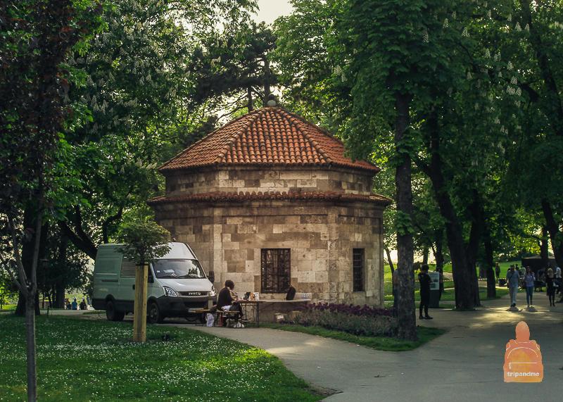 Гробница - память о правлении турков