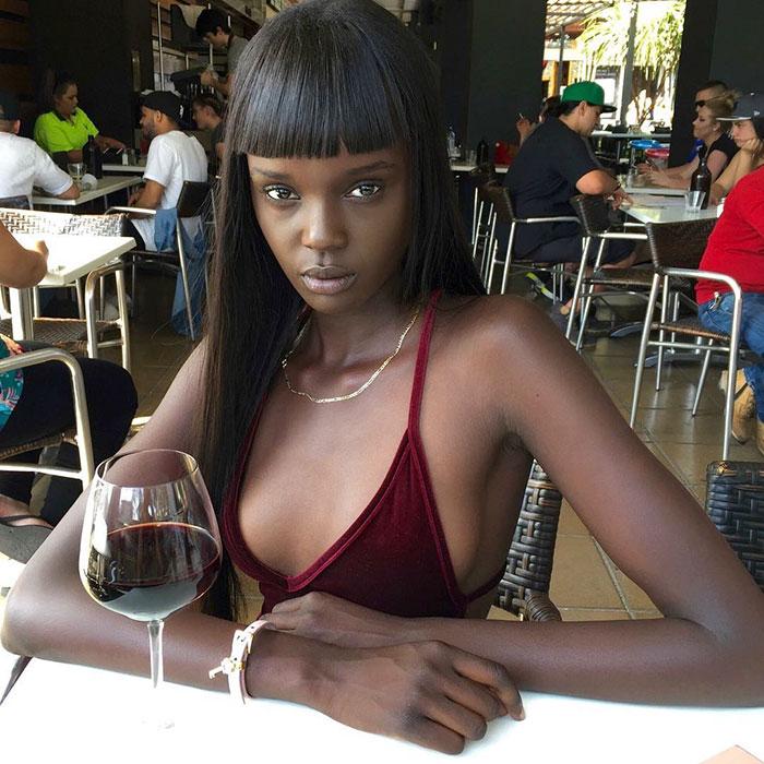 «Не верю, что она настоящая»: девушка-Барби из Южного Судана
