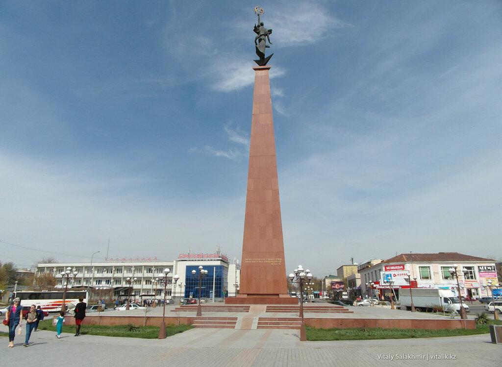 Площадь Ордабасы Шымкент 2018