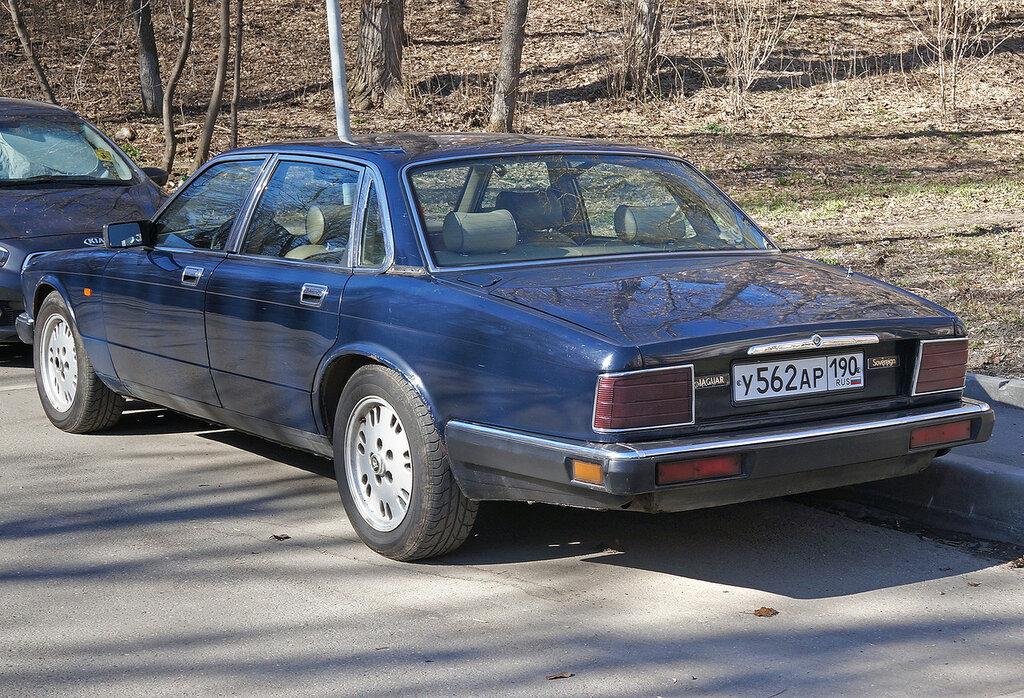 Jaguar-Sovereign-DSC01664.JPG