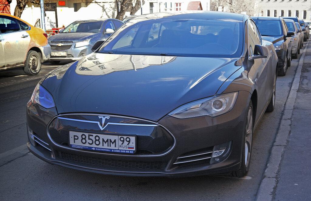 Tesla-ModelS-DSC01676.JPG