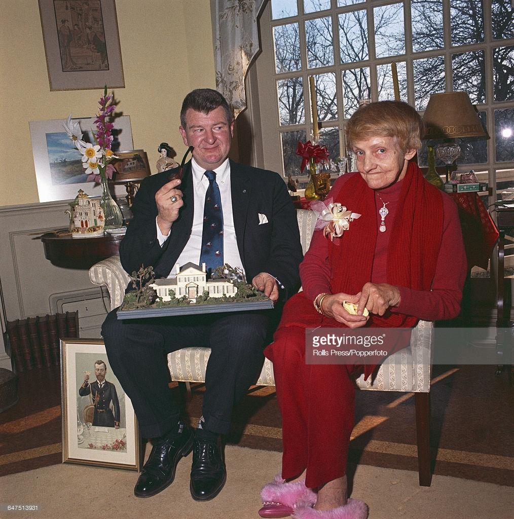 1968. Анастасия со своим новым мужем Джеком Мэнэхэном в Шарлотсвилле, Виргиния