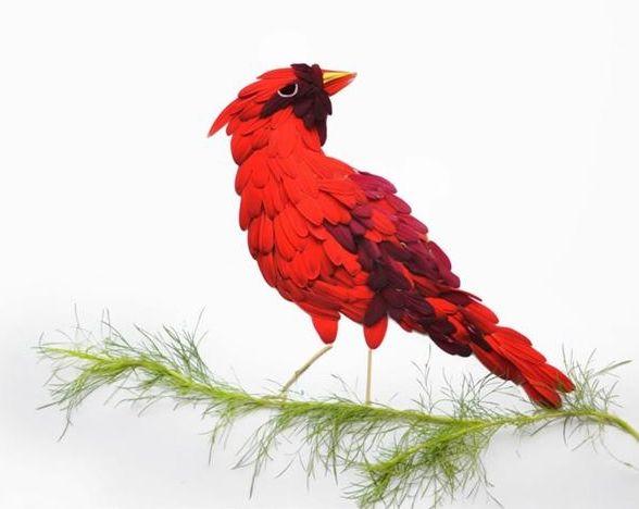 Экзотические птицы из лепестков