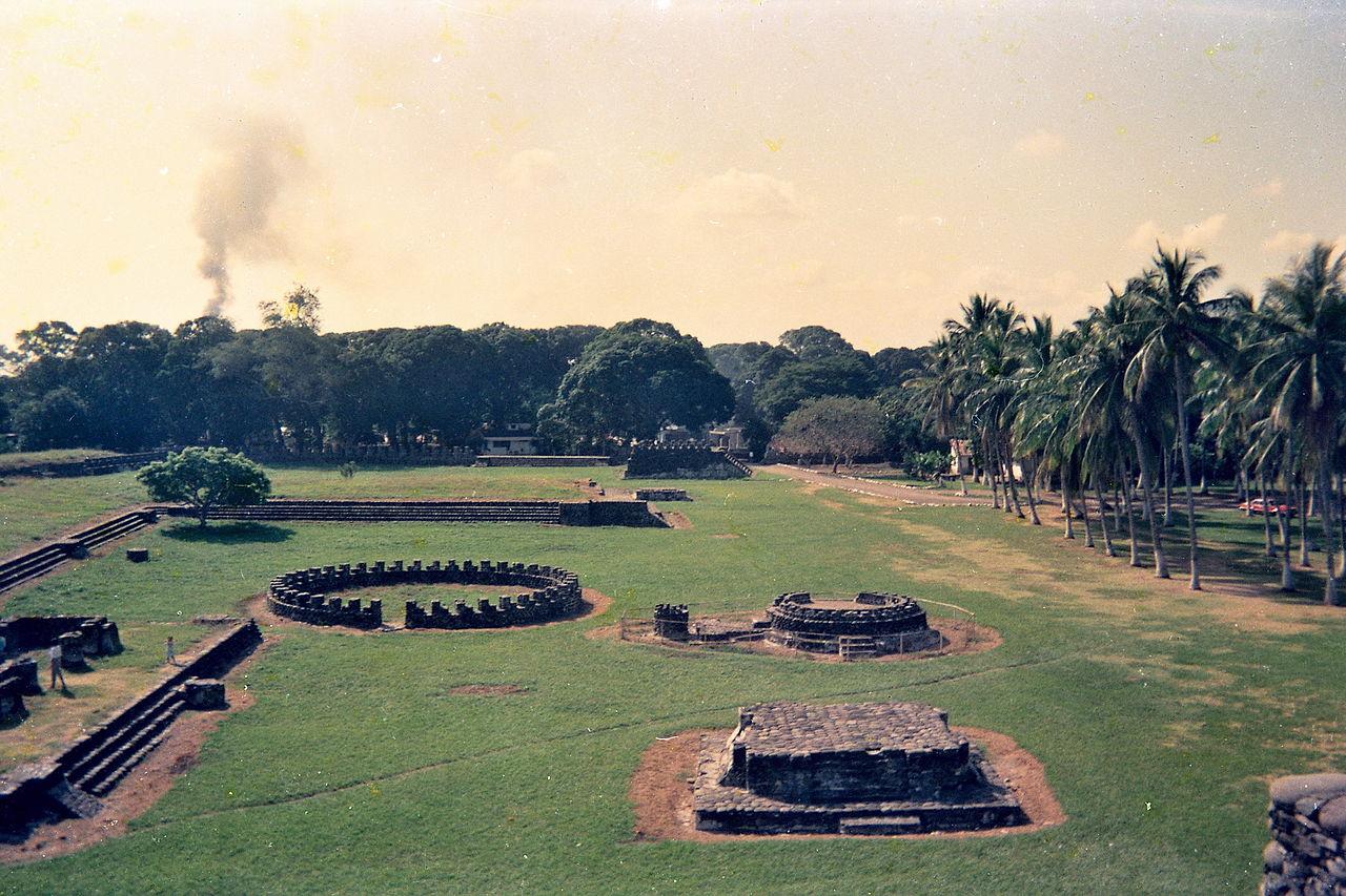 Развалины Семпоалы. Фото 1993 года.jpg