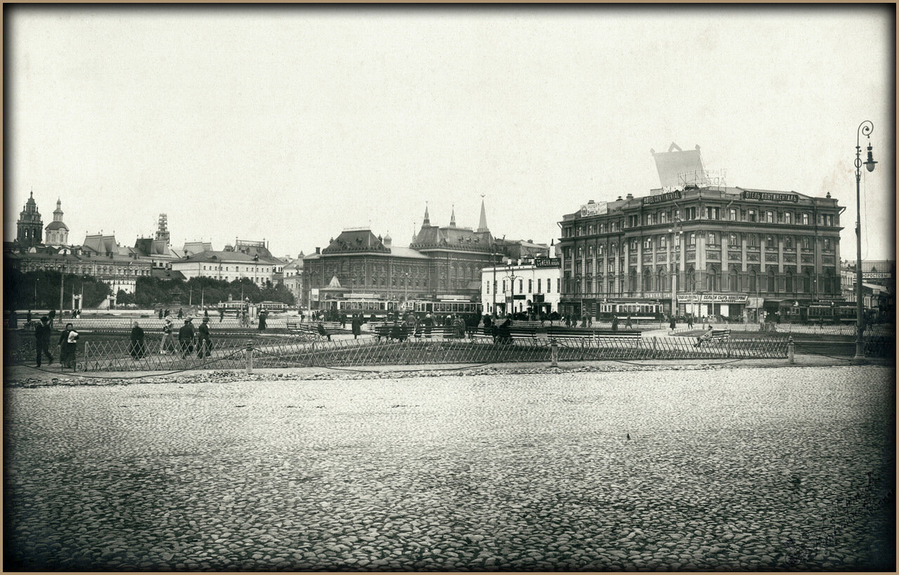 Вид Театральной Площади. Фото 19 мая 1911 года