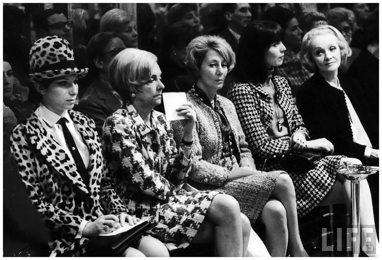 1966. Барбра Стрейзанд, Марлен Дитрих, Эльза Мартинелли на показе Шанель