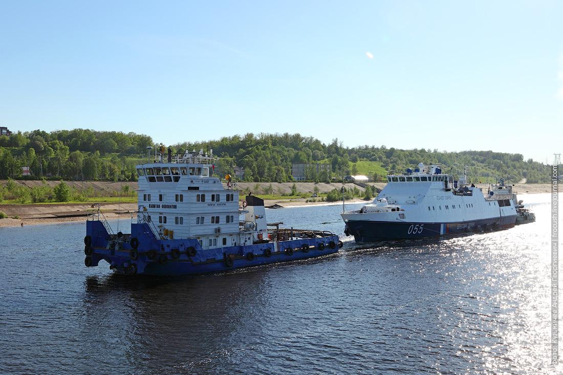 буксир-толкач «Капитан Волокитин» 1991 года постройки, сторожевой корабль «Аметист» и буксир-толкач «Шлюзовой-70» 1971 года