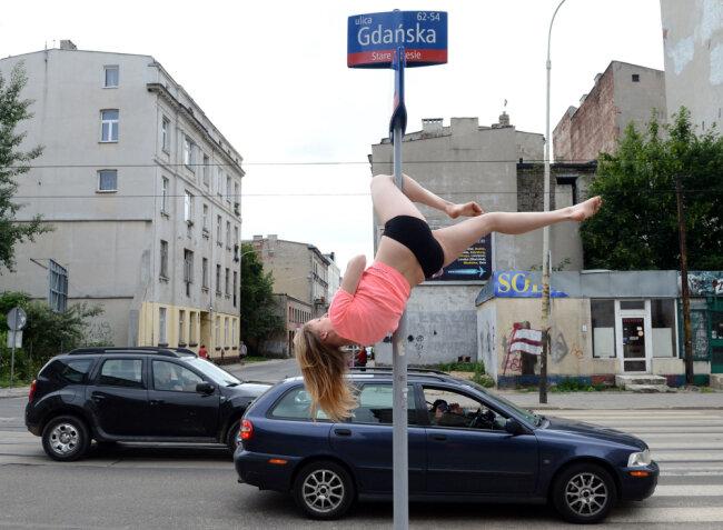 Танцы на шесте по–польски
