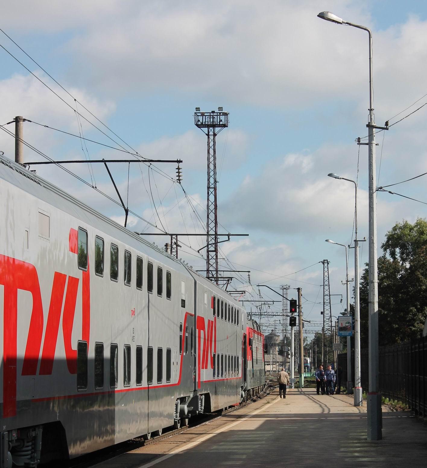 Двухэтажный поезд до адлера фото