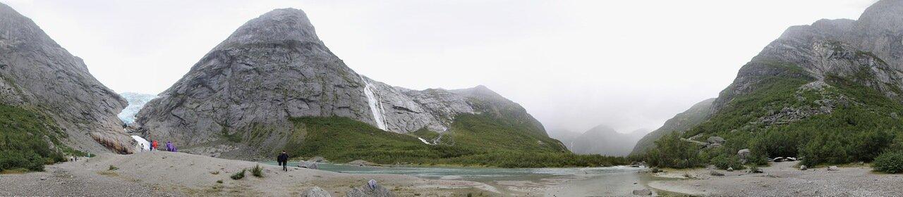 Glacier Briksdalsbreen. Briksdalsbreen glatcier