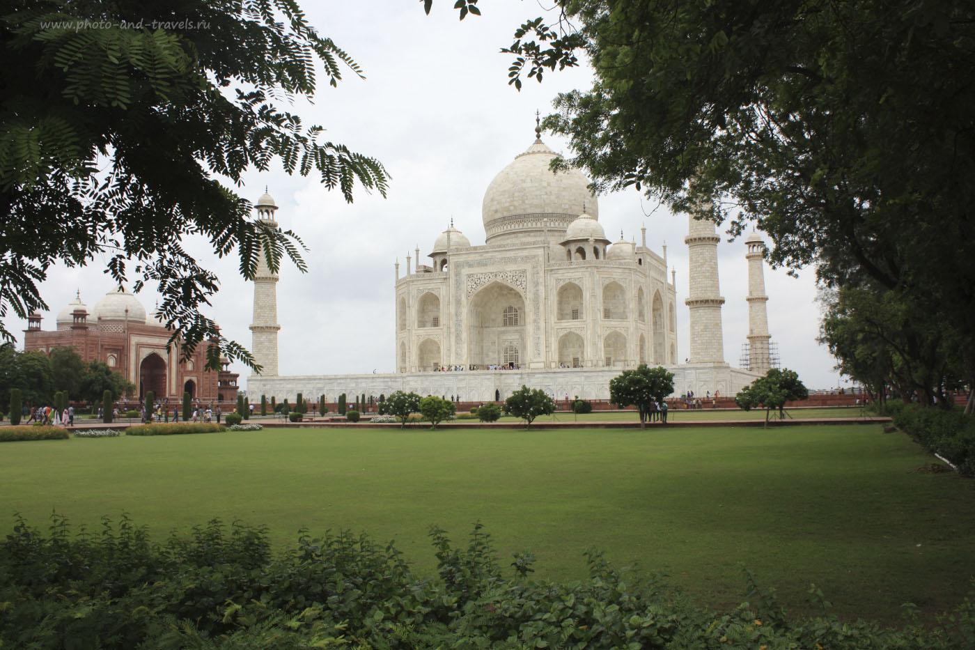 Фотография 6. Самая известная достопримечательность Индии и Агры – мавзолей Тадж-Махал.