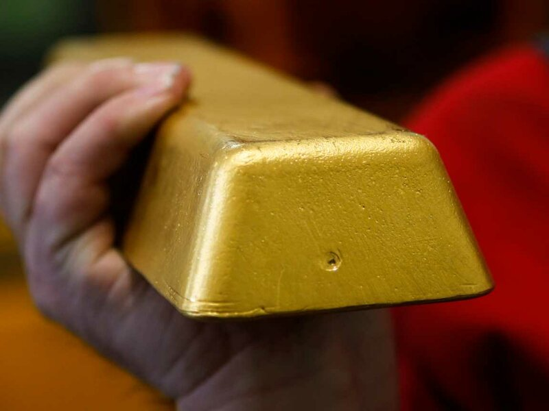 Власти Дубая будут платить гражданам золотом за сброшенные килограммы: грамм за килограмм