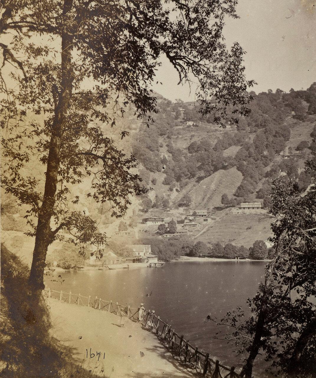 93. Найнитал. Озеро