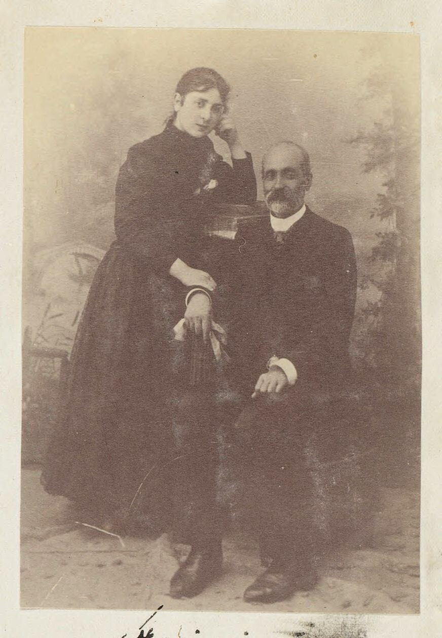Сахиб Насак и мадемуазель Рени